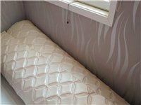 無縫**厚軟包,每張長2.3米,寬2.8米,共3張,可用于墻面,床頭,沙發等。因家里已裝修過,欲低價...