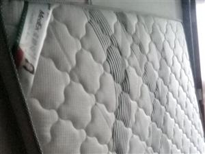 **未用,棕床垫,1.8米×2.0米,8厘米厚,