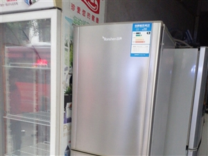二手空�{  冰箱   洗衣�C等