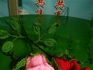 有喜欢钩针花束的吗?,纯手工毛线编织花束,作为居家装饰。www.cai898.com_【官方首页】-小财神送女友。送朋友都不错,很有纪念意义的噢,永不...