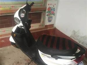购买的雅马哈发动机助力摩托车,骑啦3000公里,骑不着啦需要的带走吧