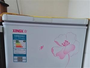 出售七成新小冰柜,可冷冻,冷藏,106升,一级节能,噪音低,需要的联系15803882264,非...