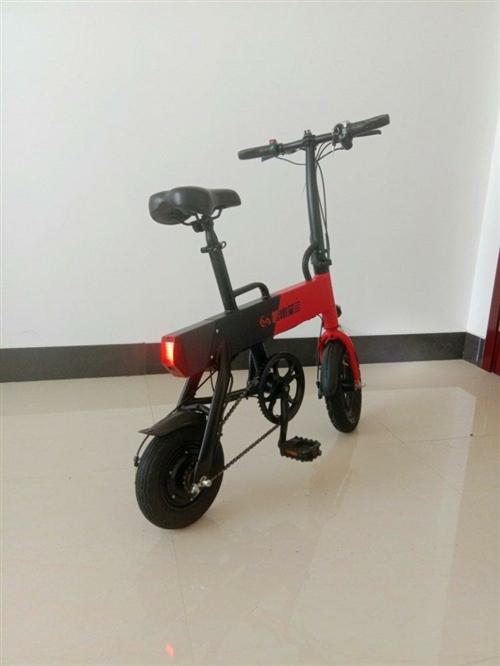 折疊電動自行車,36V鋰電池,續航25公里,輕巧折疊,99成新,騰車庫出售,不閑聊,一口價700,盂...