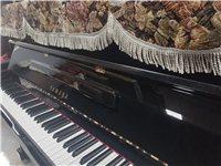 轉讓雅馬哈鋼琴,型號121,九成新,無多少磨損。大氣的黑色亮光,實木音板,音質干凈,配置高,是世...