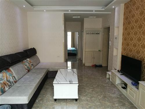 日租民宿,两室一厅一卫,24小时热水,安全卫生,密码锁。