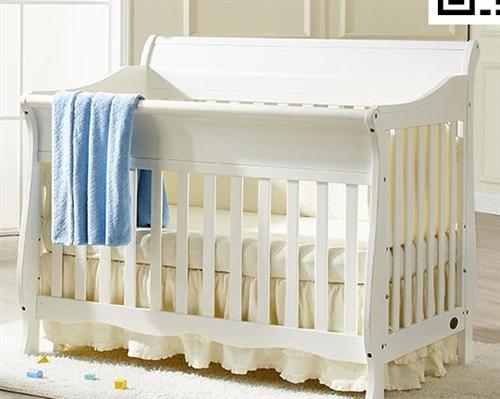 超级结实的欧式实木婴儿床,和图片类似,但是比图片还有好看,结实,1.5米长,0.8米宽,带棕垫,上下...
