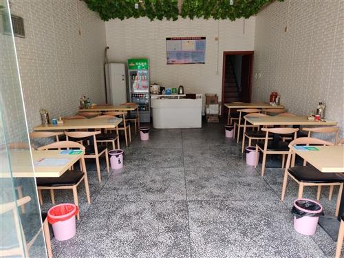 桌子,空调,蒸饭机,不锈钢抄作台,餐饮用品低阶出售需要的联系18070265675