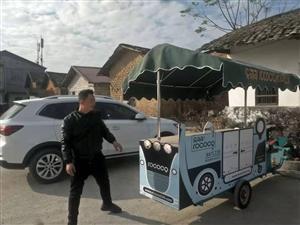 改装餐饮电动三轮车,适合流动餐饮,早餐,各种小吃,欢迎看车,价钱便