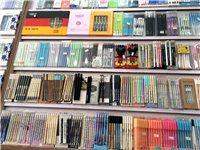 货架低价处理,粉色的是陈列饰品的,还有陈列中性笔的展示柜,中间柜,九成新