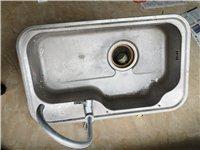 闲置二手洗菜盆,带龙头水管,价格优惠,有需要请尽快联系我。非诚勿扰
