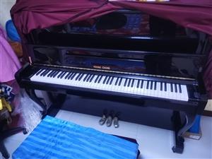 转让英昌YA―122钢琴一台,95成新。