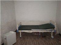 護理床和醫用制氧機,因老人去外地兩件只買600元。