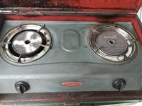 紅日煤氣灶頭。不黑鍋底。正常使用。搬房處理。