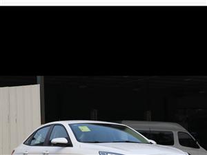 福睿斯2017款幸福版,**配,8000多公里,�o事故,有小磕碰,��保�B完。