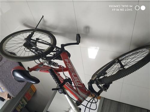 出售二手自行车,150元,八层新,电话13045177855
