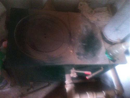 小鍋爐  能帶20   30平米  用的時間加起來都沒有十天