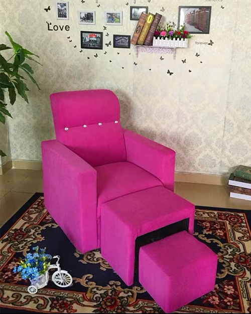 九成新沙发一套