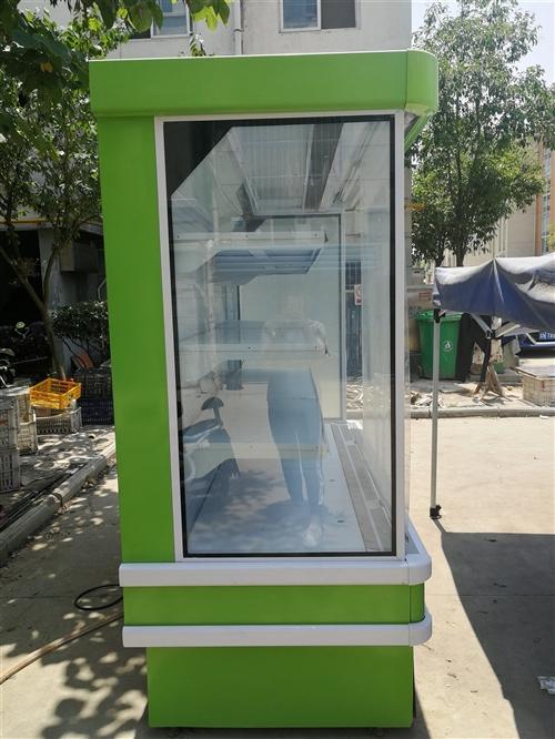 九成新的风幕柜,五层货架,之前卖水果用的,现低价出售,诚意者联系价格面谈