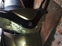 旧踏板一台,80发动机省油耐用,一箱油可以骑十来天。不骑了诚意转让,电话:188-3764-0908
