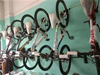 店面擴大經營,進口美國富士自行車特惠價出售