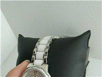 **女士石英手表,济南振华商厦购买,闲置从未佩戴,表链封膜,卡扣未开,淘宝同款售价一千三左右,本人忍...