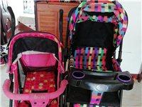 8成新婴儿车,由于现在孩子不需要了,放家里占地方,所以低价转让,大的原价480,小的原价258,现在...