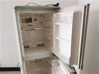 自己用起的冰箱出售 價格600