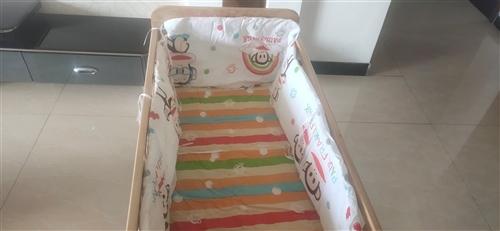 婴儿床八成新现底价出售一口价80元