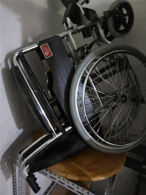 ****輪椅,一天沒用過。原價1200