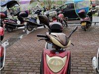 二手女士摩托车转卖,性能完好,冬天一打就走,刚换新电瓶,机油和空气格,买到就是赚到,仅支持来凤城区自...