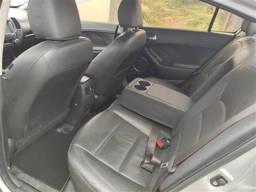 出售自用爱车起亚k3 实表6万多公里 无任何事故 当时新车落地价16万 13款1.6自动pr版本的价...