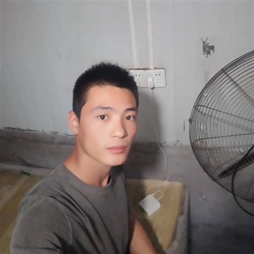 23歲(sui) 160cm 初中及以下