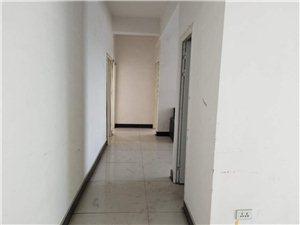 糧貿大廈3室,17000一年,可辦公