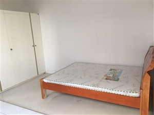 自建房3室 2厅 1卫1800元/月