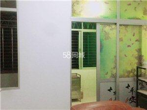 中州小区2122室 1厅 1卫1000元/月