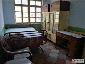 和宁街建工西里实验小学对面2室 1厅 1卫200元/月