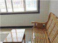 官邸旁2室 2厅 1卫带阳台800元/月