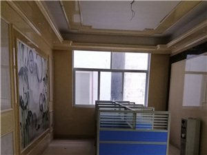 橡树公馆东300米4室 2厅 1卫面议