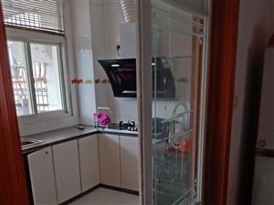 幸福家园3室 2厅 2卫1360元/月