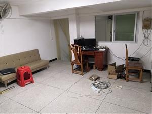 1室 1厅 1卫拎包入住