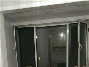 本公司专门致力于居家单位保洁、擦玻璃做卫生,钟点工
