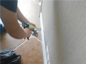 承接各種家裝工裝室內外打膠業務