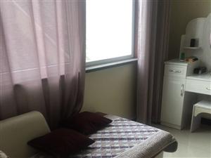 东关大市场1室 1厅 1卫800元/月