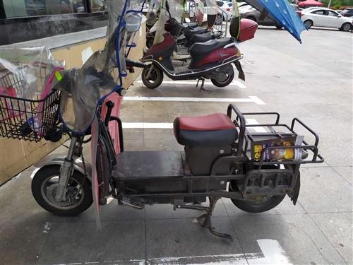 载重王,18年5月买的,两个轮胎刚换的