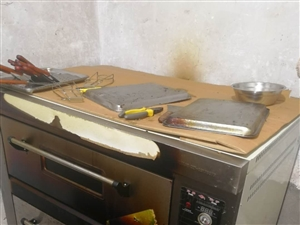 �p�与�烤箱,用了一年,最高�囟人陌伲�商用八成新,需�理