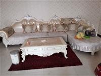 出售欧式沙发,茶几,影视柜,配套的,99成新,无任何磕碰划痕掉漆状况,可实地查看,地址博兴湖滨,原价...