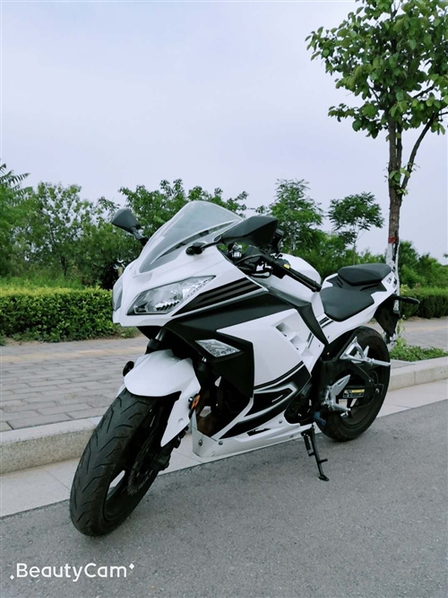 摩托车 国产小忍者 200排量 1500公里准新车 带合格证去车辆一致性证书。便宜处理。 18302...