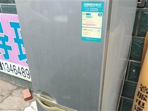 杠杠好使干净的冰箱
