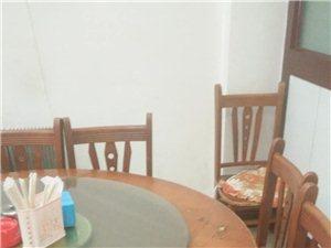 转让实木桌椅饭店桌椅