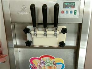 低價出售 冰激凌機, 九成新,電話13809375324